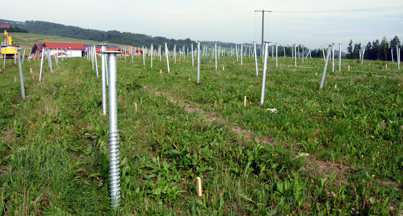 Ground screw piles